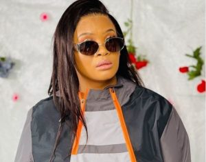 Lady Du apologizes for dropping in front of an audience during performance Mp3gist ZA