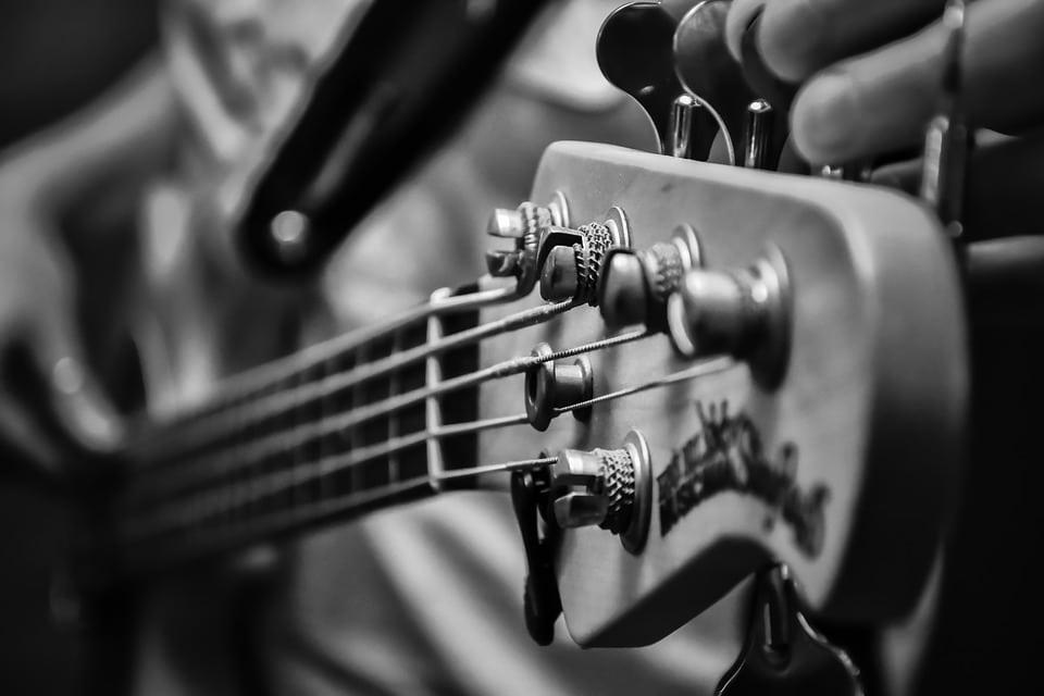Música_Bajo_Electrico