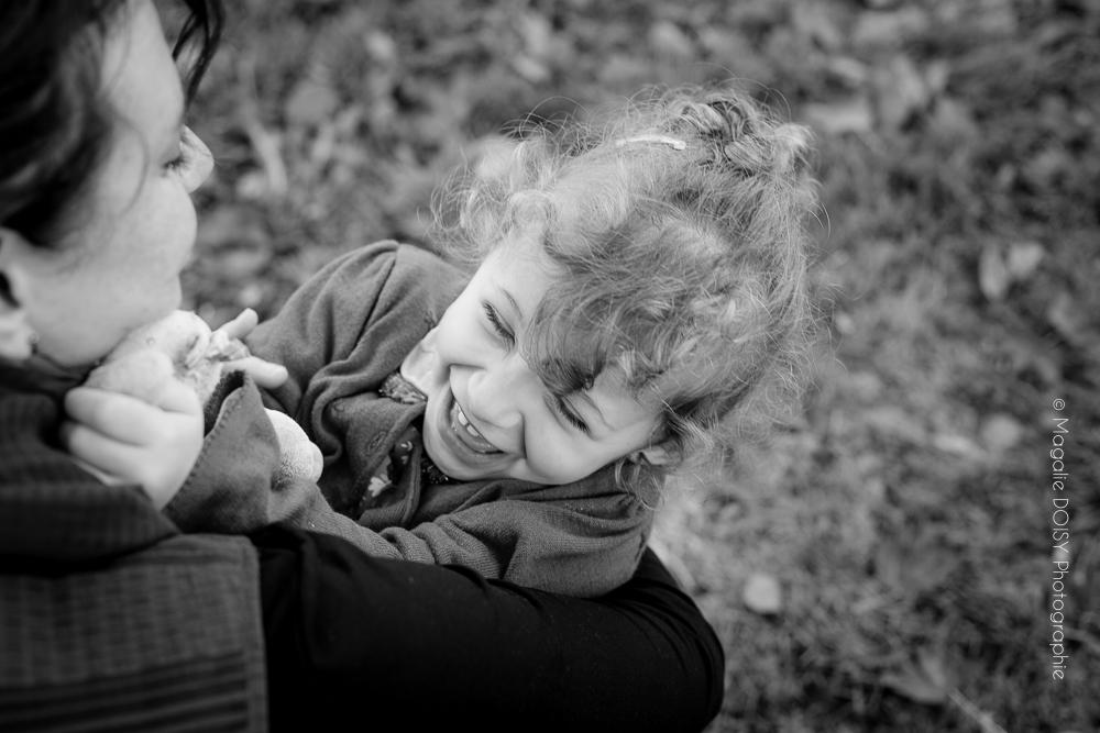 Séance famille photo noir et blanc Caen