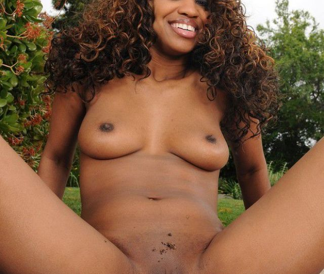 Mature Naked Black Pussy