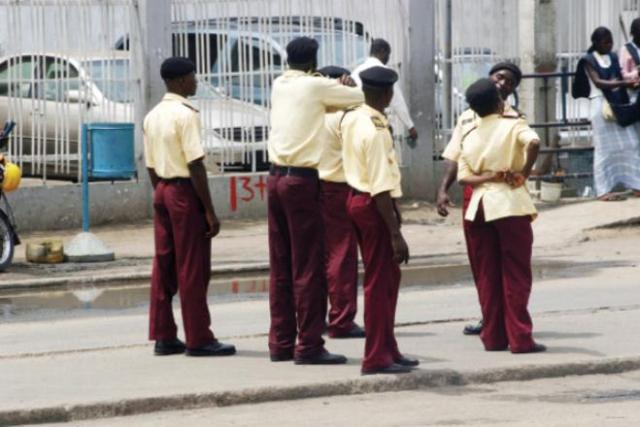 LASTMA-officials Know Your Right, See Approved List of Traffic/Vehicle Offences in Nigeria & Their Penalties
