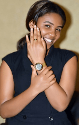 Akpororo-s-fiancee-Josephine-Abraham-showing-off-her-brand-new-ring Famous Nigerian Comedian, Akpororo Proposes to Fiancée