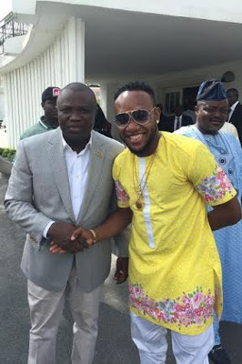 a 5Stars Kcee & Harrysong Visit Governor Ambode at State House