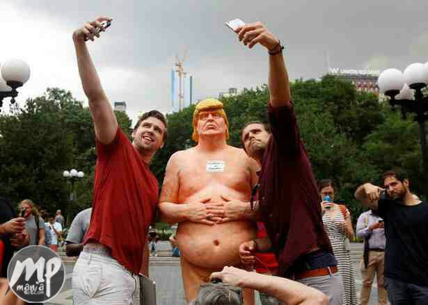wp-1471584199226-1 Nak3d Donald Trump Statue Found in New York Park... See Photos