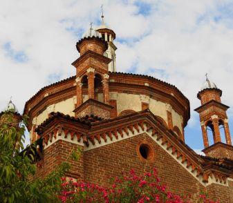old-building-milan