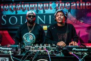 kabza de small dj maphorisa – msholozi ft young stunna Mposa.co .za  300x200 - Kabza De Small & DJ Maphorisa – Msholozi ft. Young Stunna