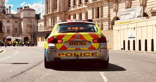 Neues britisches Gesetz erlaubt der Polizei Zugriff auf medizinische Daten von Bürgern die in Quarantäne sind