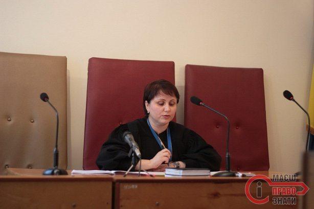 Суд Стягов 09