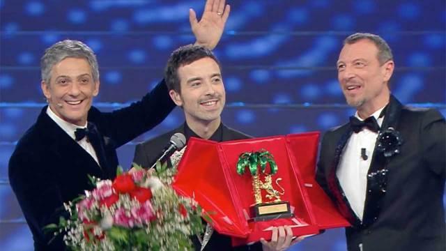 Diodato con il primo premio del Festival di Sanremo