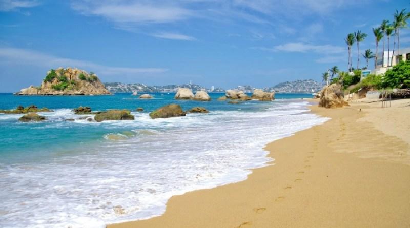 ¡Tómate unos días de playa en Acapulco!