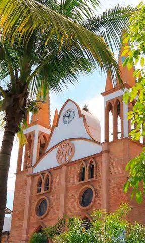 Atractivos en Puerto Vallarta: Parroquia de Nuestra Señora del Refugio