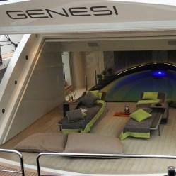 pool-in-boat