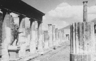 Pompeii-Rome 38