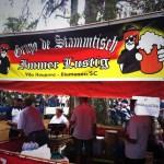 "Die Stammtisch-Gruppe ""Immer Lustig"" feiert in Pomerode, Brasilien"