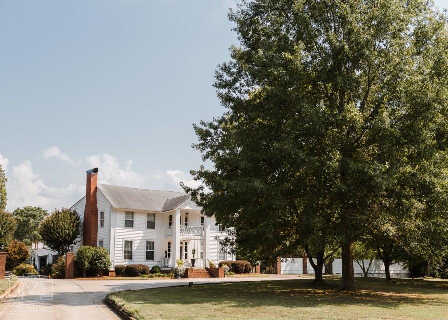 The Inn at Oak Lawn Farms Wedding Venue