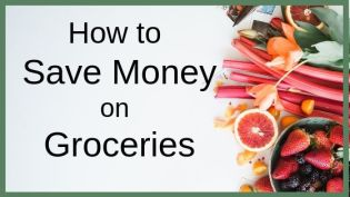 Want to save money on groceries? I'm always looking for new ways to save money on food and I hate cutting coupons. My food budget gets lower every time I use one of these tips. Now, my family spends $60 a week or less on food without cutting coupons or eating rice and beans every week. #savemoneyongroceries #foodbudget #groceryshopping #savemoney #groceryhacks #coupons #budget #budgeting #savingmoney