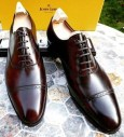 best shirt and shoe to pair with a gray suit