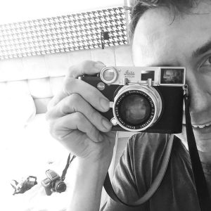 leiac cl review - camera selfie