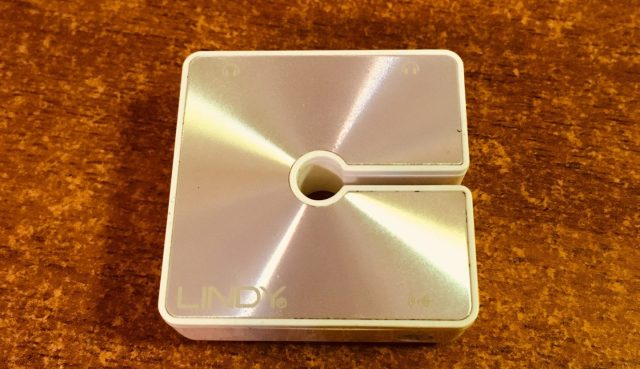 LINDY 雙輸出耳機擴大機