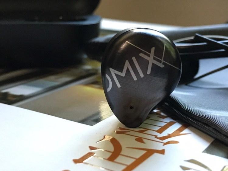 OMIX Y9 真無線半入耳式運動藍牙耳機開箱!出外旅遊的高 CP 值好夥伴 7