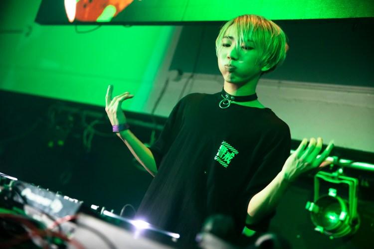 BUNNY: 日本高校生DJ,流行搖滾與電子樂的撞擊 4