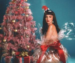 The Weeknd, Alicia Keys 等巨星聯手加入 Sabrina Claudio 聖誕新作 Christmas Blues