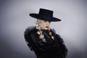 專訪/FLØRE 來自德國的暗黑魔力新女聲!