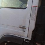 isuzu-truck-mobile-locksmith-open-door