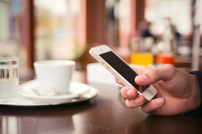 iphone-households
