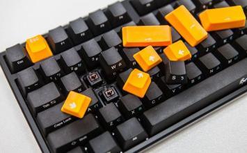機械鍵盤入門最佳選擇!Ducky ONE PBT 機械鍵盤