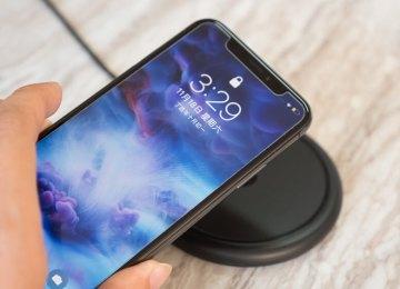 [開箱]iPhone X/8系列專用無線充電座Mophie Wireless Charging Base開箱