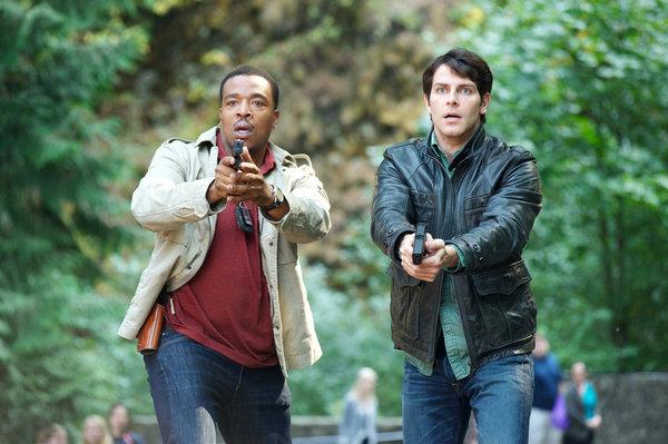 Russell Hornsby as Hank Griffin, David Giuntoli as Nick Burkhardt -- Photo by: Scott Green/NBC
