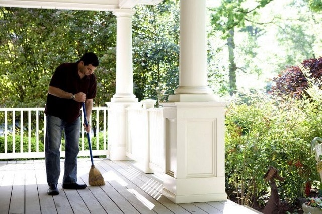 End of Lease Cleaning Guide for Exterior Areas