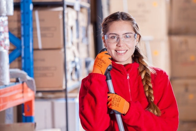How To Choose The Right Commercial Cleaner