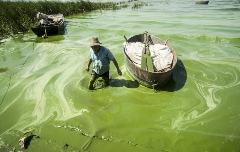 in-may-of-last-year-chinese-premier-li-keqiang-declared-war-on-pollution-the-government-dedicated-2-trillion-yuan-specifically-to-water-conservation-in-china