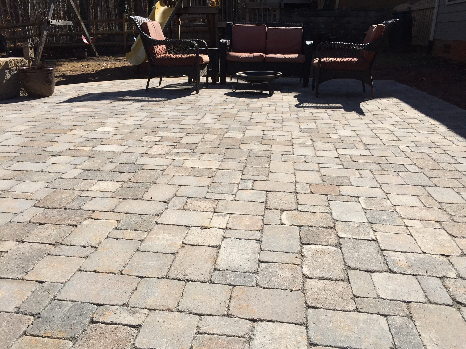 Paver Patio With Retaining/Seating Wall