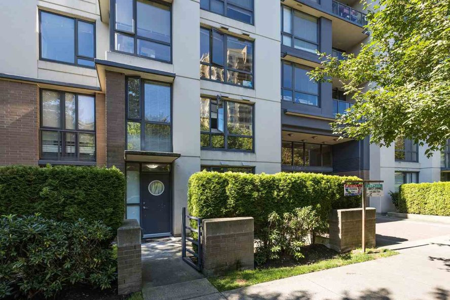 Main Photo: 102 3588 CROWLEY Drive in Vancouver: Collingwood VE Condo for sale (Vancouver East)  : MLS®# R2487319