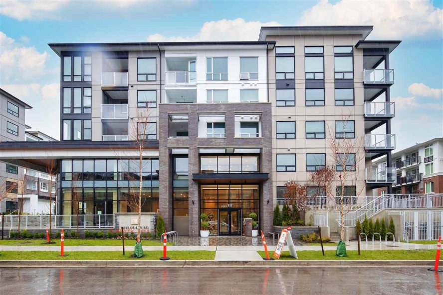 """Main Photo: 226 9233 ODLIN Road in Richmond: West Cambie Condo for sale in """"BERKELEY HOUSE"""" : MLS®# R2525770"""