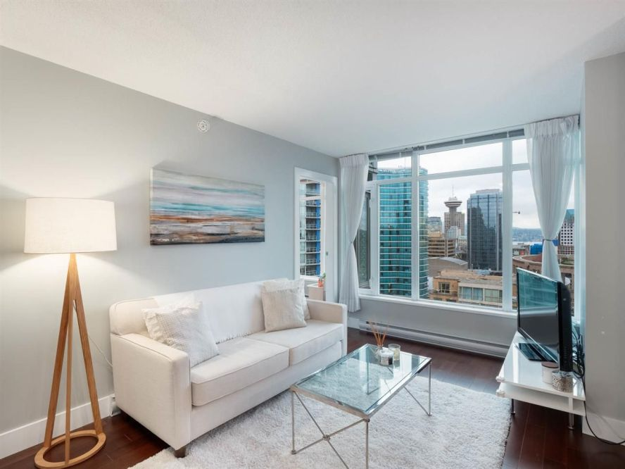 "Main Photo: 2304 888 HOMER Street in Vancouver: Downtown VW Condo for sale in ""The Beasley"" (Vancouver West)  : MLS®# R2330895"