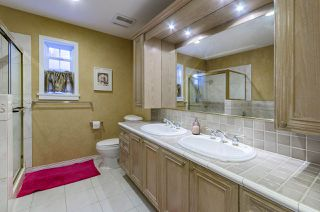 """Photo 16: 39 5201 OAKMOUNT Crescent in Burnaby: Oaklands Townhouse for sale in """"HARTLANDS"""" (Burnaby South)  : MLS®# R2515415"""