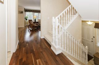"""Photo 13: 39 5201 OAKMOUNT Crescent in Burnaby: Oaklands Townhouse for sale in """"HARTLANDS"""" (Burnaby South)  : MLS®# R2515415"""