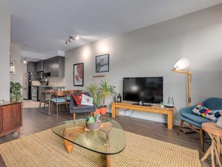 """Photo 6: 309 707 E 20TH Avenue in Vancouver: Fraser VE Condo for sale in """"BLOSSOM"""" (Vancouver East)  : MLS®# R2404449"""