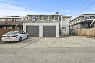"""Photo 24: 1670 E 57TH Avenue in Vancouver: Fraserview VE House for sale in """"FRASERVIEW"""" (Vancouver East)  : MLS®# R2528714"""