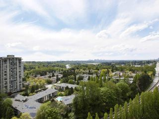 "Photo 14: 2305 3737 BARTLETT Court in Burnaby: Sullivan Heights Condo for sale in ""Timberlea - The Maple"" (Burnaby North)  : MLS®# R2453659"