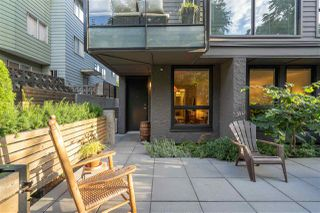 """Photo 2: 568 E 7TH Avenue in Vancouver: Mount Pleasant VE Condo for sale in """"8 ON 7"""" (Vancouver East)  : MLS®# R2487538"""