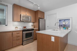 "Photo 12: 568 E 7TH Avenue in Vancouver: Mount Pleasant VE Condo for sale in ""8 ON 7"" (Vancouver East)  : MLS®# R2487538"