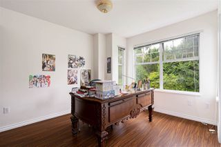 """Photo 5: 49 5221 OAKMOUNT Crescent in Burnaby: Oaklands Townhouse for sale in """"SEASONS BY THE LAKE"""" (Burnaby South)  : MLS®# R2480570"""