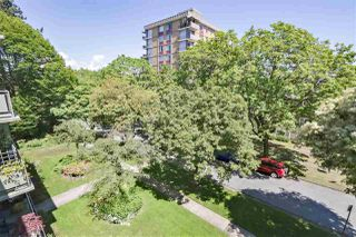 "Photo 11: 301 5475 VINE Street in Vancouver: Kerrisdale Condo for sale in ""Vinecrest Manor"" (Vancouver West)  : MLS®# R2373526"