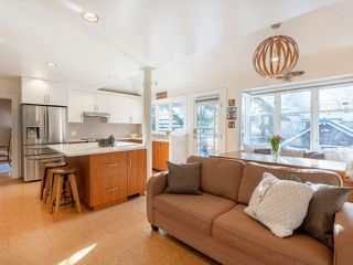 """Photo 9: 3920 W 20TH Avenue in Vancouver: Dunbar House for sale in """"DUNBAR"""" (Vancouver West)  : MLS®# R2349456"""