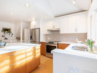 """Photo 11: 3920 W 20TH Avenue in Vancouver: Dunbar House for sale in """"DUNBAR"""" (Vancouver West)  : MLS®# R2349456"""